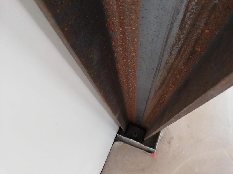 mur mobile avec poutre métallique