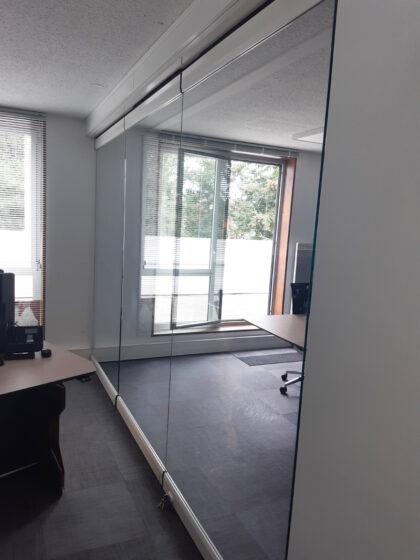 mur mobile vitré G3000 - réalisation Eole