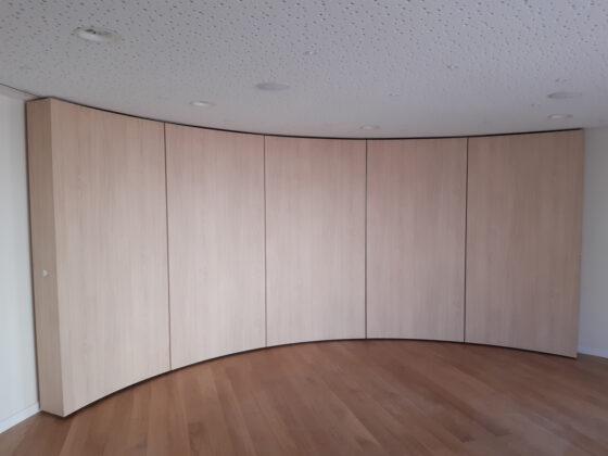 Pose de mur mobile cintré - Ecole